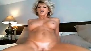 Super hot amateur blonde milf