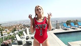 HardX Zoey Monroe Is An MVP Squirter!