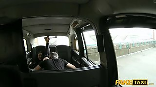 Wife fucked and facialed for a free fare
