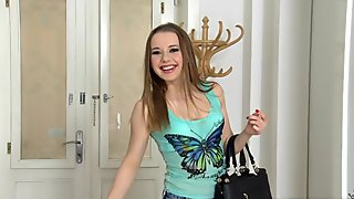 Reality Kings - Mikes apartment - oliviagrace play with me