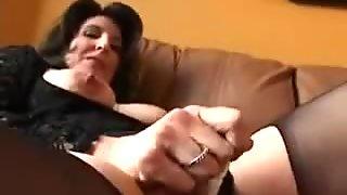 Horny big nippled mature masturbates with dildo