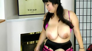 38H Cup Evie Twist Naughty Striptease
